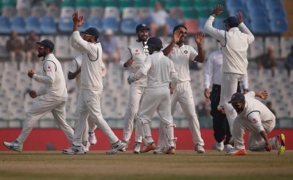 Australia 153-4 at tea in first India Test