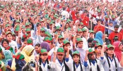 Schoolkids vow to  build non-communal country