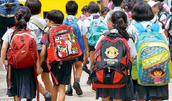 Kids overburdened with schoolbooks