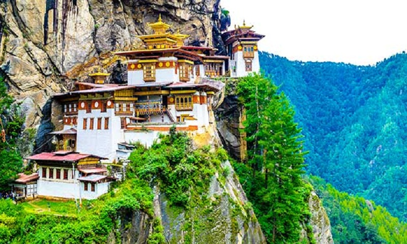 5 places must visit in Bhutan