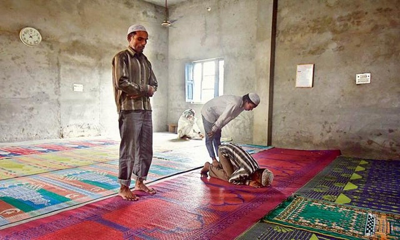Islamic prayer practice can cut lower back pain, boost elasticity in joints