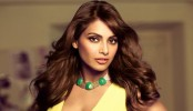 Designer threatens to file lawsuit against Bipasha Basu