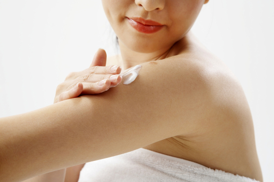 Bacteria-rich lotion may fight skin infections: study