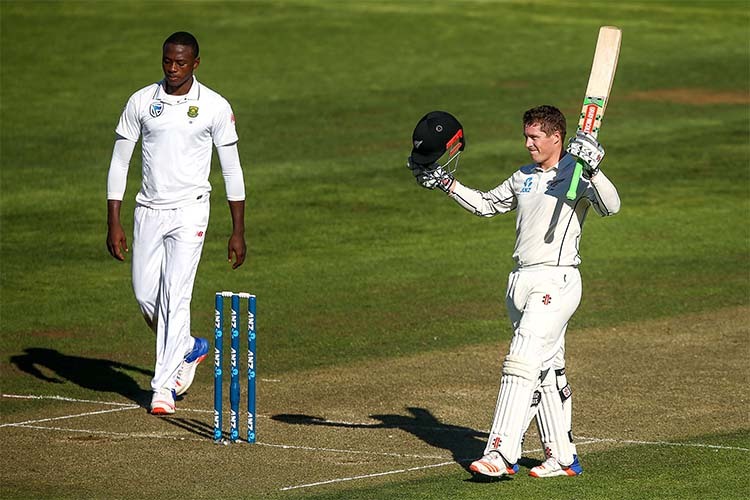 South Africa 218-6, trail New Zealand by 50