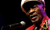 Rock 'n' roll father Chuck Berry dies