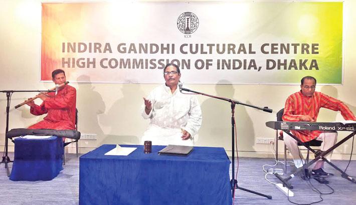 Hasan Arif mesmerises Dhaka audience