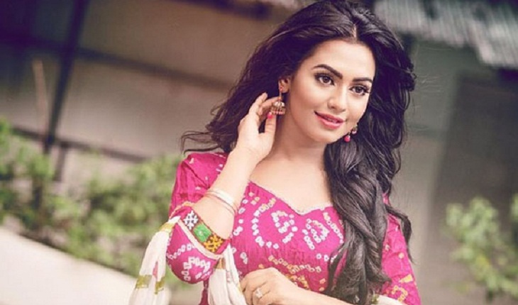 Actress Faria jumped from 14th floor in film Boss-2