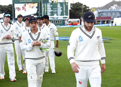Despite 3-day defeat, New Zealand keeps same squad for 3rd test vs South Africa