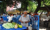 Hawkers' grand rally in capital March 29