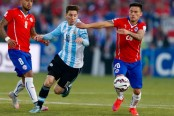 Argentina 1-0 Chile: Lionel Messi penalty earns win
