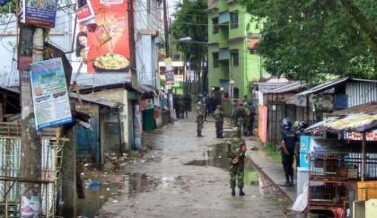 Blasts kill cop, 2 others  near Sylhet militant den