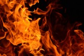 3 injured in city gas pipe fire