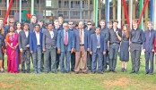 22 Oxford University students visit DIU