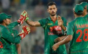 Mashrafe strikes early