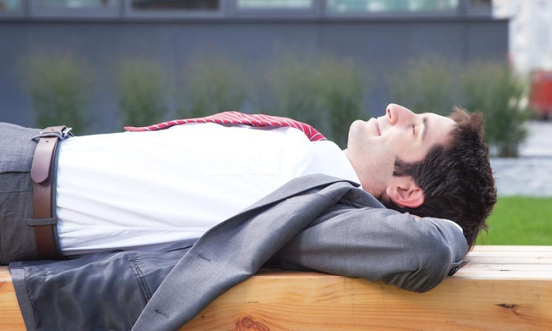 Just 20 minutes of sleep can boost employees' creativity
