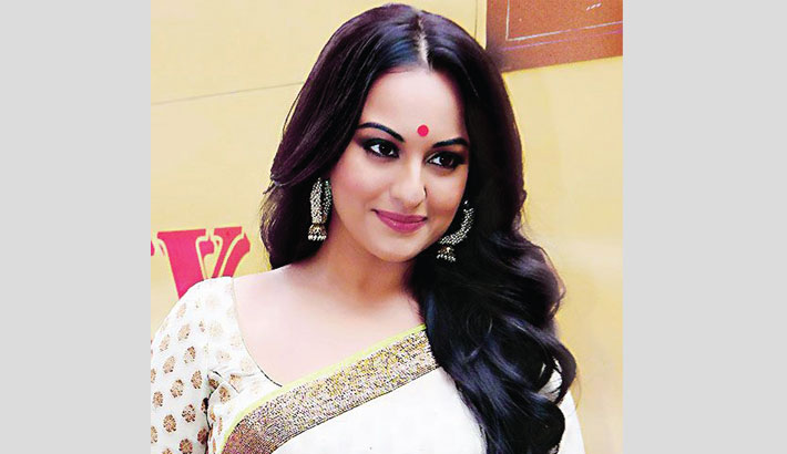I'm looking at Ittefaq as new film: Sonakshi Sinha