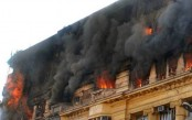 2 killed in fire at Kolkata hotel