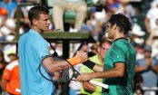 Federer makes semis, Wozniacki reaches Miami Open final