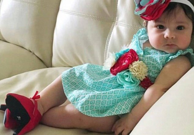 US firm sells high heels for babies