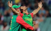 Mashrafe removes Gunaratne, Sri Lanka 218 for 6