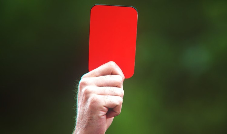 Portuguese footballer breaks referee's nose, lands in court