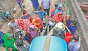 People cry for water in city