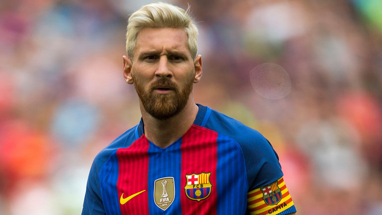 Lionel Messi Is Growing A Red Beard On Injury Recovery Back In Argentina