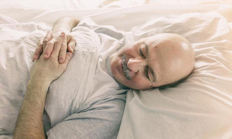 Sleeping well in old age can cut the risk of mental disorder
