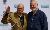 Hollywood honours father-son filmmakers Carl, Rob Reiner