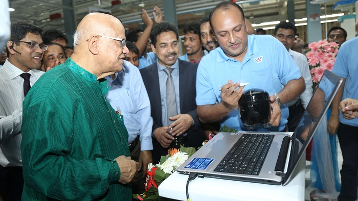 Walton, country's only progressive manufacturing industry: Muhith
