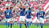 Ibra sparks Man Utd, Lukaku ends Leicester run