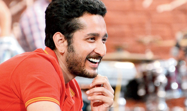 Kolkata actor Parambrata participates in 'Mangal Shovajatra'