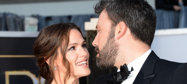 Jennifer Garner, Ben Affleck officially file for divorce
