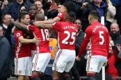 Manchester United beat Chelsea 2-0 to open Premier League title race
