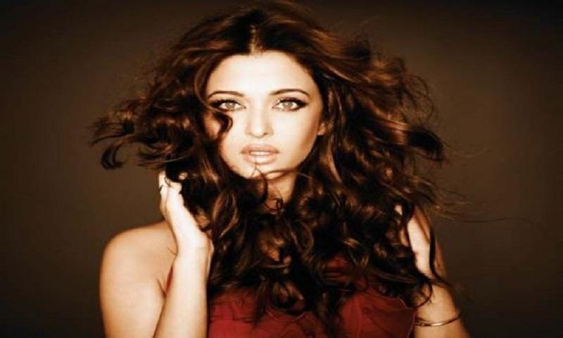 Aishwarya Rai Bachchan redefines stunning in new shoot