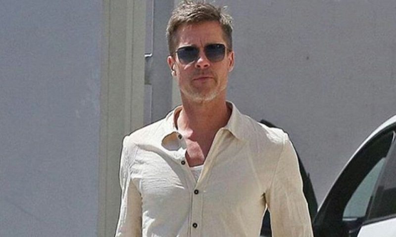Brad Pitt still looks 'shockingly slender' in new pics