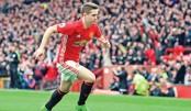 Man Utd stun Chelsea, Liverpool on rise