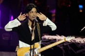 Prince death: Opioid painkillers found at singer's home