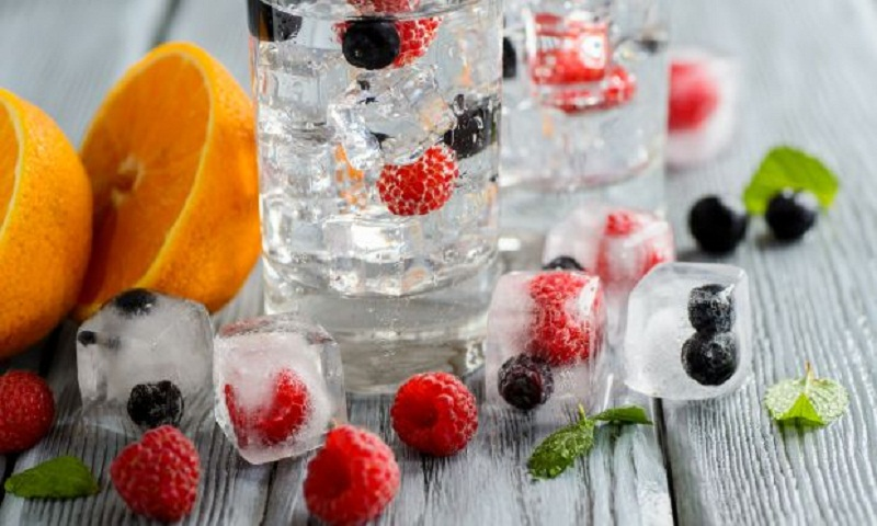 9 interesting Ice cube ideas to beat the heat this summer