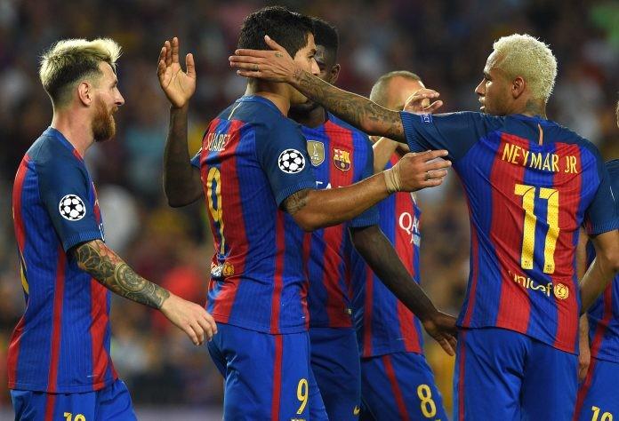 Barcelona, Dortmund clutching European lifelines