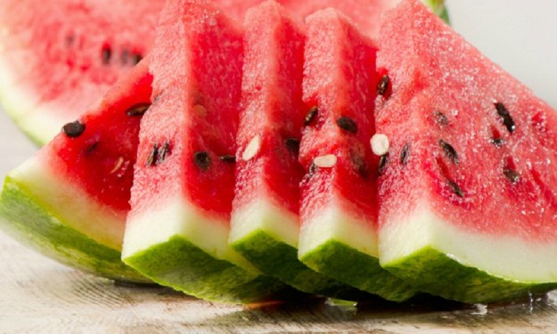 Drinking water after eating watermelon: Is it safe or not?