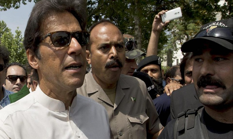 Panama Papers case: Imran Khan demands Nawaz Sharif's resignation