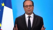 France's Hollande congratulates Macron on reaching presidential runoff