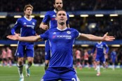 Chelsea beat Southampton 4-2 to extend lead
