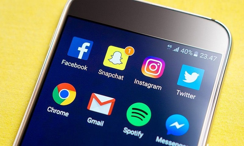 WhatsApp, Facebook, Twitter in list of Apps banned in Jammu and Kashmir for one month