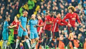 Fellaini sent off as United, City draw blank