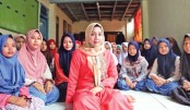 Female Muslim clerics issue rare child marriage fatwas in Indonesia