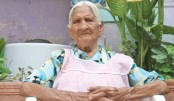 Woman, 116, 'too old'  for bank card
