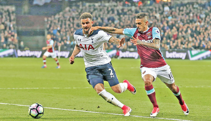 Lanzini leaves Spurs' title bid in tatters