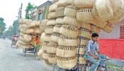 Vendors carry bamboo-made baskets